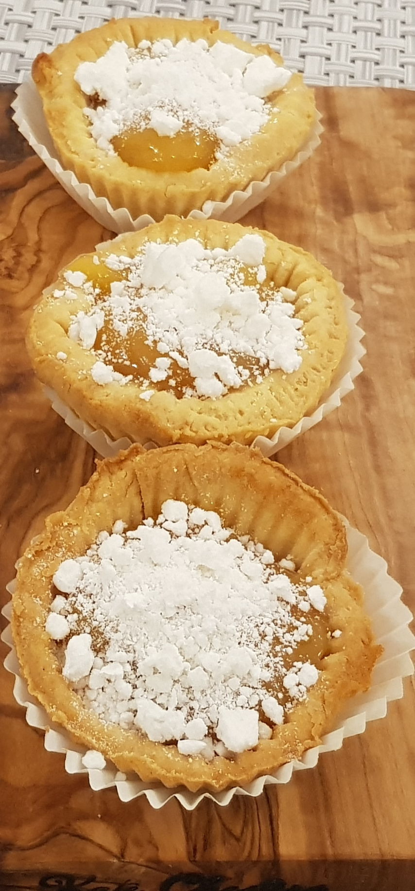 Cheats Mini Lemon Meringue Tarts